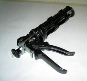 Leihgebühr Kartuschenpistole M3000 Rohrleitungsbauzubehoer